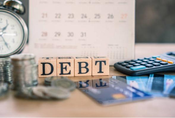 Debt & Credit Score